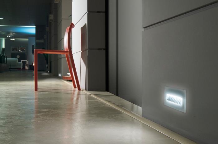 Vanjska ugradna svjetiljka Lombardo Stile next 106L asimmetrica orizzontale 12 LED 4W